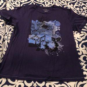 Kenneth Cole t shirt